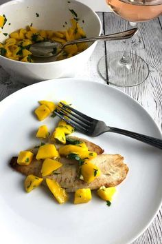 Tilapia topped with a bright, flavorful mango salsa for an easy meal with plenty of nutrition. Best Seafood Recipes, Tilapia Recipes, Fish Recipes, Whole Food Recipes, Cooking Recipes, Healthy Recipes, Meat Recipes, Healthy Meals, Healthy Food