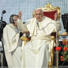 Pope: 'A man who is alone ends up bitter, not fruitful, and he gossips about others' - Living Faith - Home & Family - News - Catholic Online