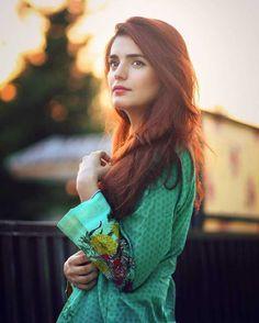 gentlemanboners - Momina Mustehsan - Engineer, Mathematician & Singer from Pakistan Pakistani Fashion Casual, Pakistani Girl, Pakistani Actress, Indian Fashion, Beautiful Girl Photo, Cute Girl Photo, Cute Girl Face, Stylish Girl Pic, Girls Dpz