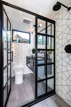 Modern Bathroom Ideas To Create A Clean Look In Home Design