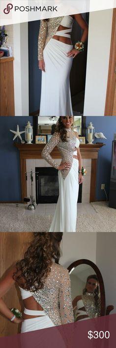 Sherri Hill Prom Dress HOST PICK!! Size 4. Worn once. Great condition. Sherri Hill Dresses Prom