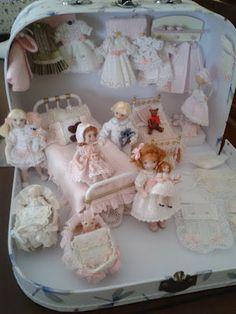 Pilar Street Dollhouses Miniatures: pink suitcase