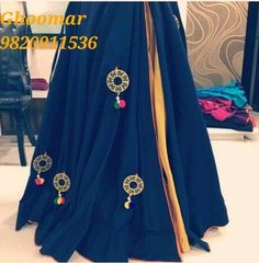 #fashion#lengha#readytowear# Link https://www.facebook.com/Ghoomar-1071447999609751/