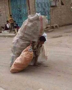 Too Big a load.Stop Child Labor! Poor Children, Save The Children, Precious Children, We Are The World, People Of The World, Our World, Mundo Cruel, Life Is Hard, My Heart Is Breaking