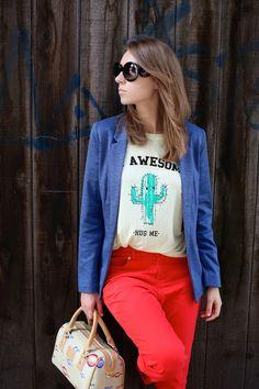 STYLE INSPIRATIONS -- Hug Me  >>  Bag: Divo Diva c/o Tornado Giftshop.. Pants: c/o Oasis. Blazer: c/o Oasis. T-shirt: Zara. Sunglasses: Prada (c/o Shade Station).