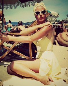 grace kelly ~ to catch a thief, beach swimsuit 40s 50s
