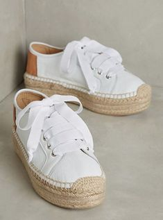 Stylish Espadrilles from 28 of the Great Espadrilles collection is the most trending shoes fashion this winter. This Espadrilles look related to espadrilles, sneakers, shoes and espadrille… Espadrille Sneakers, Shoes Sneakers, Women's Shoes, Superga Espadrilles, White Espadrilles, Trendy Shoes, Cute Shoes, Me Too Shoes, Fashion Shoes