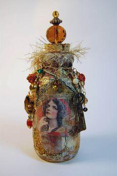 Decorative Bottles : Cristina Zinnia GalliherMixed Media Artist: Mixed Media Bottle Art -Read More – Diy Bottle, Wine Bottle Crafts, Bottle Vase, Jar Crafts, Shell Crafts, Altered Bottles, Vintage Bottles, Bottles And Jars, Glass Bottles