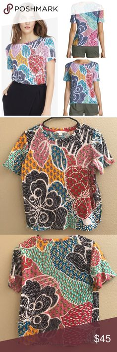 DVF Val printed Tee Share the love with the Val Printed Tee. Soft cotton t-shirt with a fun hearts and arrows print featured on the front and back. Fit is true to size.  Size small. In great preloved condition. Diane Von Furstenberg Tops Tees - Short Sleeve