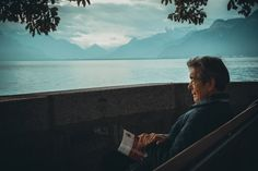 What causes prostate cancer? What kind of mental and emotional patterns can trigger prostate cancer? Here are some insights and opportunities for self-reflection. Signs Of Dementia, Dementia Symptoms, Forms Of Dementia, Spiritual Enlightenment, Spirituality, Good Books, Books To Read, Entrepreneur, Prostate Cancer