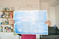 Lentejas Press • • • • AERIAL VIEW · Elena Ortiz  Mini publicación de la recopilación de fotografías analógicas de vistas aéreas.   Impreso en Risograph sobre papel Cyclus Offset 115gsm.