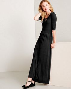 Long and lean, our favorite maxi dress has enough presence to swing into winter (the elbow-length sleeves help too). The balletic silhouette has a deep scoop neck, front to back, and a gathered skirt that knows how to flow.