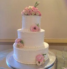 Pink Velvet Cake by #Patisserie. #weddingcakes