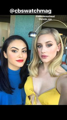 Lili Reinhart and Camila Mendes of Riverdale 😍😍 Riverdale Betty And Veronica, Veronica Lodge Riverdale, Kj Apa Riverdale, Riverdale Netflix, Betty & Veronica, Riverdale Memes, Veronica Roth, Betty Cooper, Lili Reinhart