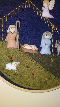Christmas Gifts To Make, Felt Christmas, Christmas Holidays, Christmas Crafts, Christmas Decorations, Christmas Ornaments, Felt Tree, Christmas Nativity Scene, Mary And Jesus
