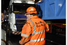 Monster crane fits 25-tonne bridge in first step to ease Exeter's chronic traffic problems   Exeter Express and Echo