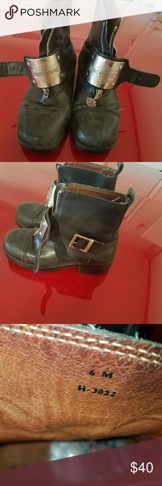 Harley Boots Still in good condition missing on zipper charm on one of the boots Harley-Davidson Shoes Combat & Moto Boots