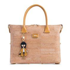 Kork Handtasche «Amarelo» von Artipel – Kork Taschen und Accessoires Burlap, Reusable Tote Bags, Pattern, Portugal, Outfits, Fashion, Yellow, Sustainable Fashion, Sustainability