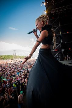 Live @ Woodstock 2014 Main Stage! #gorgeous  Photo by: Bartek Muracki