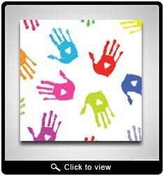 Canvas, waterverf, vingerverf eventueel met knopen pareltjes en kralen.te versieren, eventueel de letter van je naam in knopen parels en kralen.