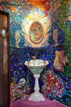 (Has to be Gaudi! Is there where we get the term 'gaudi' from? Mosaic Art, Mosaic Glass, Mosaic Tiles, Stained Glass, Glass Art, Mosaics, Gaudi Mosaic, Tiling, Mosaic Bathroom