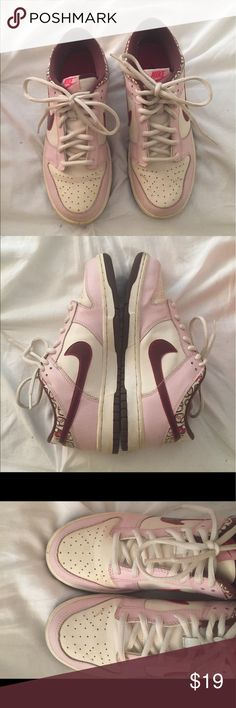 Heart Nike's Valentine's themed Nike Dunk Low kids. Used condition. Small marks on top and sides, pilling on the inside (pictured) Sz 6Y; fits 7.5 Women Nike Shoes Sneakers