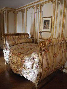 Château de Versailles ~ Dans l'appartement de Madame du Barry. The Countess arrives at the castle in 1769 and left in May 1774 on the death of Louis XV.