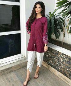 New Image : Pakistani fashion casual Pakistani Fashion Casual, Pakistani Dresses Casual, Pakistani Dress Design, Indian Dresses, Indian Outfits, Indian Fashion, Stylish Dress Designs, Stylish Dresses, Simple Dresses