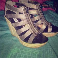 ⚡️NEW never worn Steve Madden wedges⚡️ Never worn, fit a 6.5 Steve Madden Shoes Wedges
