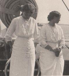 Grand Duchesses Olga and Maria Nikolaevna Romanova of Russia on board the Imperial Royal yacht,the Standart. Olga Romanov, Familia Romanov, Christian Ix, Grand Duchess Olga, Alexandra Feodorovna, Big Blue Eyes, Tsar Nicholas Ii, Yacht Boat, Imperial Russia