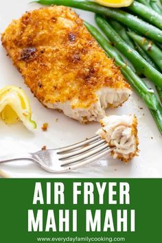 Looking for a healthier twist on a traditional fish fry? This air fryer mahi mahi with a panko breading turns out so crispy and delicious! Best Fish Recipes, Seafood Recipes, Dinner Recipes, Healthy Recipes, Delicious Recipes, Dinner Ideas, Healthy Food, Tasty, Favorite Recipes