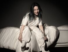 """Billie Eilish has been identified by mainstream media as the """"future of pop"""". Her video """"bury a friend"""" is a disturbing mix of mind control trauma and demonic possession. Here's a look at the dark world of Billie Eilish. Aesthetic Header, Wallpaper Aesthetic, Aesthetic Videos, Six Feet Under, Background Macbook, Wallpaper Horizontal, Funny Videos, Background Yellow, Cover Art"""