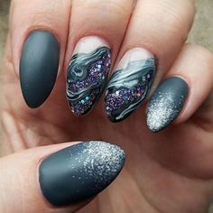 You've probably noticed a movement toward bare-ish nails lately. (Call it the anti-nail art, if you will.) The 2 of the biggest nail trends to emerge from the Spring/ Summer 2018 runway shows are the graphic art and matte metallic nails.