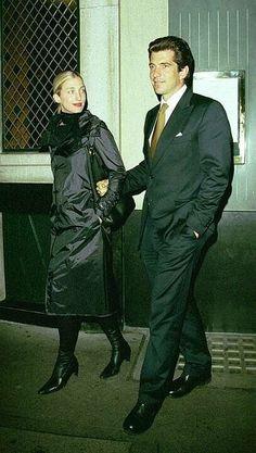 Carolyn Bessette Kennedy and John F. Kennedy Jr. - The Ivy, London. (1999)