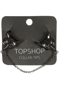 Wolf collar tips - Topshop Funky Fashion, All Fashion, Fashion Shoes, Collar Tips, Types Of Fashion Styles, Topshop, Wolf, Tote Bag, Funky Style