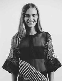 Skin Of The Night, Cara Delevingne, Black And White Photography: Fashion Models, High Fashion, Street Fashion, Women's Fashion, Cara Delevingne Style, Vogue, Couture, Famous Faces, Mannequin