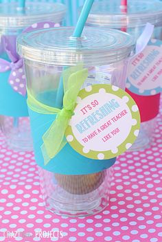 What a cute and easy teacher appreciation gift idea! Free printable tag included