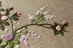 Hungarian Embroidery, Embroidery Motifs, Brazilian Embroidery, Silk Ribbon Embroidery, Embroidery Designs, Thread Art, Ribbon Work, Needlepoint, Needlework