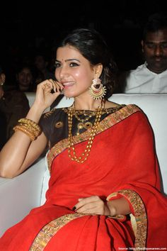 #Samantha as she decks out in a ravishing #redplainsaree and a #black work blouse for her movie audio launch and oh she looks drop dead gorgeous or what!