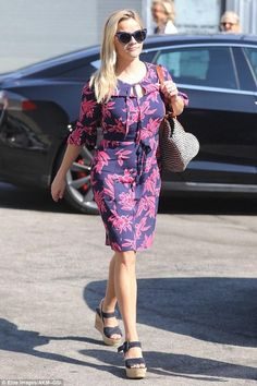 Reese Witherspoon wearing Prada Suede Platform Wedge Sandals and Self-Portrait x Le Specs Luxe Edition Three Sunglasses in Matte Navy