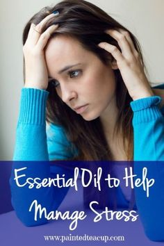 There are many essential oils that can help manage day to day stress as well as chronic stress! Learn how to naturally manage stress with these oils! Care Skin Condition and Treatment Oil Makeup Essential Oils For Stress, Essential Oil Uses, Chronic Stress, Stress And Anxiety, Natural Cures, Natural Health, Health And Wellness, Health Tips, Mental Health