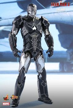 Hot Toys : Iron Man 3 - Sneaky (Mark XV) 1/6th scale Collectible Figure