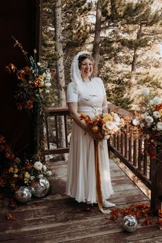 Along with the surprise itinerary, this Colorado elopement is filled with unique and sentimental wedding ideas! Bridal Portrait Poses, Most Beautiful Images, Bridal Pictures, Bridal Looks, Rocky Mountains, Wedding Day, Bouquet, Wedding Photography, Bride