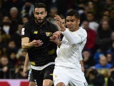 Vicente Iborra signs new Sevilla deal