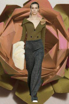 Celine 'modern medium' GIF, PFW AW14. More images here: http://www.dazeddigital.com/fashion/article/19148/1/pfw-aw14-gifs