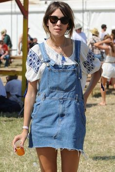 One of our festival fashion icons: Alexa Chung. Always one step ahead in her cute dungaree dress - a SS15 must-have. #newlook #fashion #festival