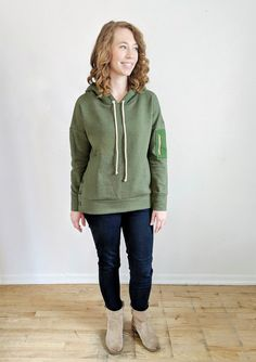 Buy the Brunswick Pullover sewing pattern from Hey June Handmade. The Brunswick is an oversized dolman pullover with extra-long sleeves and a wide hem. Hey June, Sewing Blogs, Sewing Tutorials, Sewing Patterns, French Terry, Jeans And Boots, Hooded Jacket, Pullover, Sweatshirt