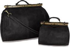 #Vintagebag #retrobag #vintagestyle #retrostyle #leatherbag #travelbag #bag Retro Fashion, Vintage Fashion, Vintage Bags, Hermes Kelly, Travel Bag, Leather Bag, Weekend Bags, Fanny Pack, Italy