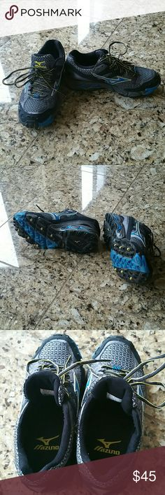 MIZUNO wave cabrakan 2 hiking trail running shoe Like new MIZUNO wave cabrakan 2 hiking trail running shoe.  Entertaining all offers via the offer button! Mizuno Shoes Athletic Shoes
