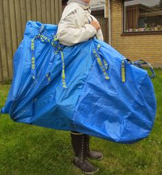 Refashion Co-op: Bicycle transport bag from three IKEA bags